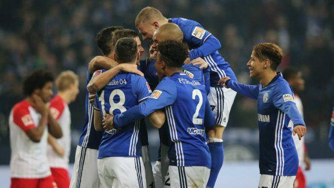 Prediksi Augsburg vs Schalke 04 15 Desember 2018